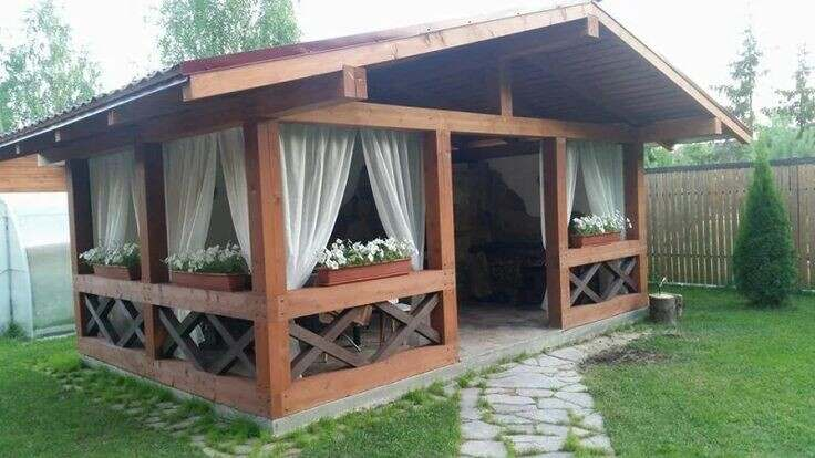 What is the best wood for a gazebo