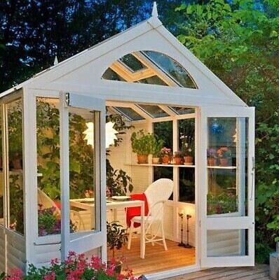 What to put in a gazebo to make it beautiful
